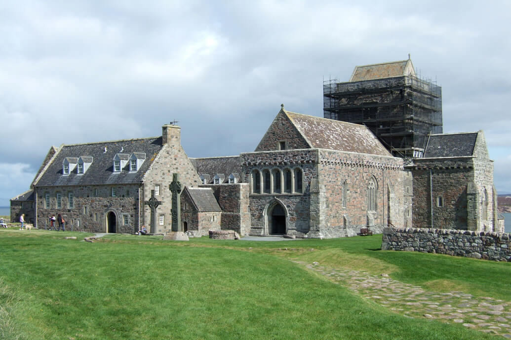 Historic Iona Abbey selects Advanced