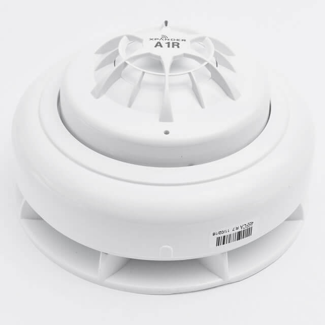 XPander A1R Heat Detector with Sounder Base